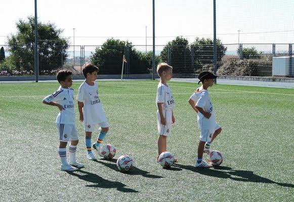Как попасть в детскую футбольную школу реал мадрид