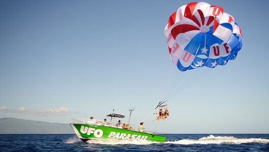 3-parasailing-in-hawaii